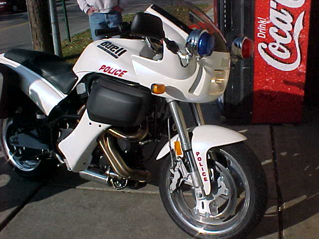 "The image ""http://www.scootertherapy.com/policebuell.jpg"" cannot be displayed, because it contains errors."